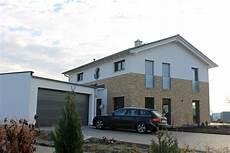 Einfamilienhaus Holzhaus Satteldach Hausanbau Mit