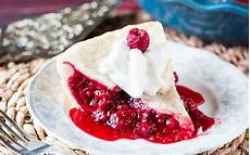 himbeerkuchen mit gefrorenen himbeeren raspberry pie baked raspberry pie recipe with fresh
