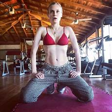 Diane Kruger Shows Toned Abs 4 Months After Baby