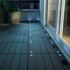 dalle pour balcon dalle balcon emboitable en composite avec led 30 x 30 cm