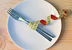 intermittierendes fasten nachteile paleo und fasten wie gesund ist fasten f 252 r frauen