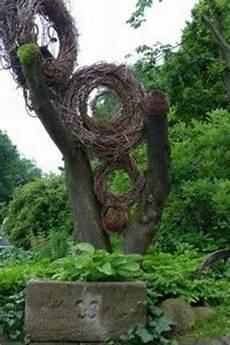 Baumstumpf Im Garten Verschönern - 116 besten baumstamm bilder auf gardening