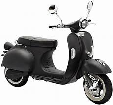 scooter electrique vespa un look vespa pour ce scooter 233 lectrique noir roulez ecolo