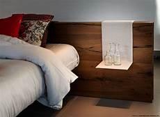 comodini in vetro da letto letto air lago con testiera wildwood con piedini in vetro