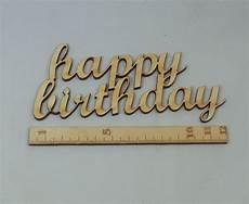 schriftzug happy birthday aus holz in 12cm breite zum