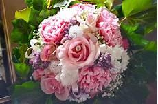 costo mazzo di fiori bouquet per sposa brescia bottega fiorela bottega