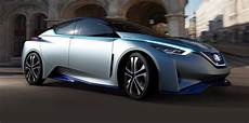 renault nissan promise 10 cars with driverless tech by 2020