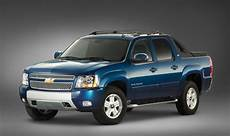 2019 chevy avalanche 2019 chevy avalanche colors release date changes
