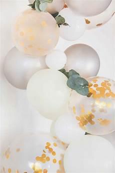ballongirlande zur hochzeit selber machen ballongirlande