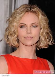 pictures charlize theron hairstyles charlize theron wavy bob hairstyle