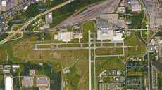 stabbing at flint michigan airport being investigated as act of terrorism fbi says nbc chicago