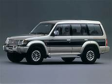 how to work on cars 1991 mitsubishi pajero lane departure warning car in pictures car photo gallery 187 mitsubishi pajero wagon 1991 1999 photo 06