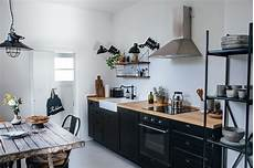 ikea creation cuisine kitchen of the week a diy ikea country kitchen for two berlin creatives remodelista