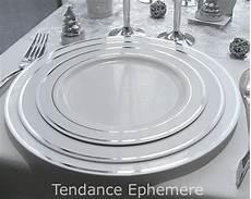 assiette plastique rigide pas cher assiette jetable liser argent 23cm paquet de 5 ou 20