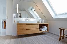 dinge aus dem badezimmer badezimmer armaturen im modern badezimmer mit schlichte