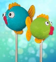 fische basteln mit kindern kostenlose anleitung dekostecker fische gips