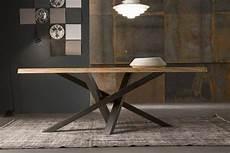 pieds de table design table 224 manger en bois naturel 224 pieds crois 233 s en acier de