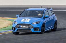 Ford Focus Rs 2016 - 2016 ford focus rs drive review motor trend