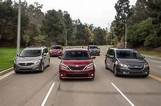 the big test minivans chrysler honda kia nissan and toyota photo gallery motor trend