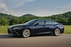 2019 lexus es review trims specs and price carbuzz