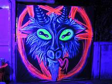 vinni kiniki graffiti mural artist for hire sigil of