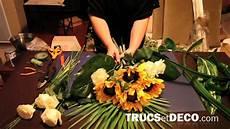 comment faire un bouquet de fleurs comment r 233 aliser une gerbe de fleurs ou une composition florale tutoriel par trucsetdeco