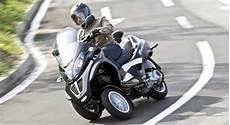 motorrad mit 3 räder motorrad auf 3 r 228 dern in den sommer starten