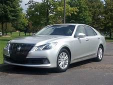 Toyota Crown Royal Saloon Driving The Hybrid Brougham