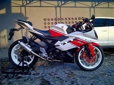 Modifikasi R15 by Modifikasi Motor Sport Yamaha R15 150cc Keren Terbaru