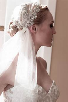 20 stunning wedding hairstyles with veils and hairpieces pretty designs