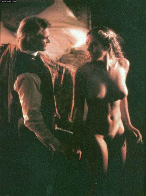 Liz Hurley Nude Sex