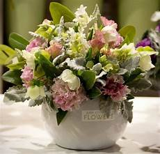 fiori composizioni composizioni di fiori regalare fiori