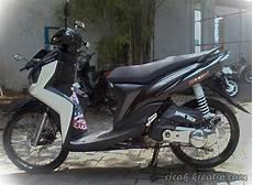 Modifikasi Lu Depan Motor Beat by Gambar Modifikasi Motor Honda Beat Hitam Velg 17