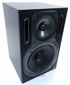 behringer b2031a active studio monitor speaker