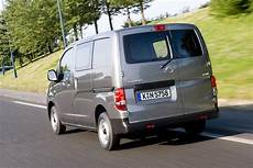 nissan nv200 benzin of the year 2010 nissan nv200 bilder autobild de