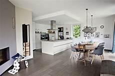 offene kuche wohnzimmer offene k 252 chen ideen bilder