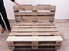 paletten sofa bauen diy tutorial make a pallet sofa via dawanda