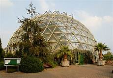 Kuppel Haus Bauen - datei kuppelgewaechshaus im botanischen garten in