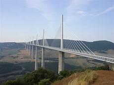viaduc de millau le viaduc de millau plus haut plus court moins cher
