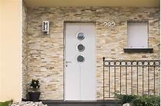 prix d une porte d entrée en aluminium prix d une porte d entr 233 e en aluminium budget maison