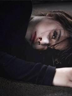 Paling Populer 23 Gambar Wanita Menangis Sedih Sugriwa
