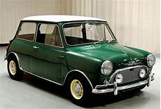 Alter Mini Cooper - why a classic mini cooper may not be a bad investment