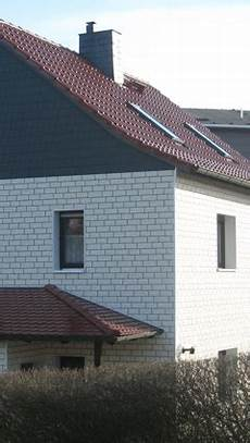 Haus Verkleiden Günstig - sockelverkleidung sockelfassaden zierer und