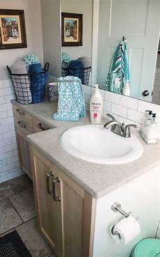 Decorating Ideas For A Bathroom How To Decorate A Bathroom Without Clutter