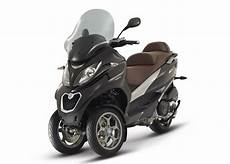 2015 Piaggio Mp3 500 3 Wheeled Scooter Is Here Autoevolution
