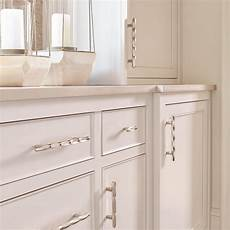 Kitchen Knobs Trends by Amerock Sets Design Trends For Cabinet Hardware In 2017