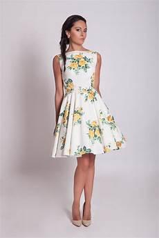 vestito con fiori abito floreale anni 50 abito damigella floreale abito