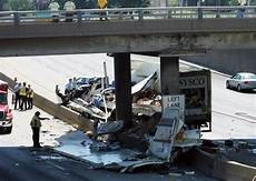 accident on highway 40 st louis today highway 40 reopens after fatal truck crash metro stltoday com