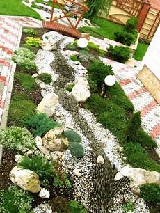 pflegeleichter garten mit steinen vorgarten gestalten 41 pflegeleichte und moderne beispiele vorgarten gestalten garten und
