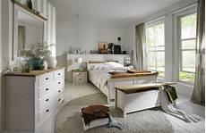 landhausstil schlafzimmer weiß schlafzimmer im landhausstil wei 223 gelaugt ge 246 lt
